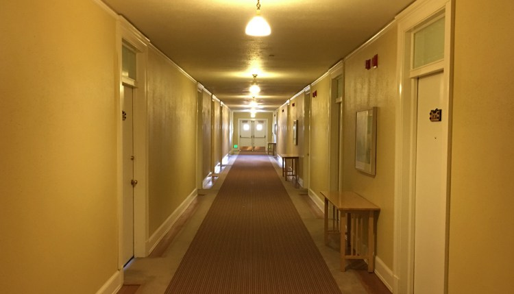 nettoyage hotel hall
